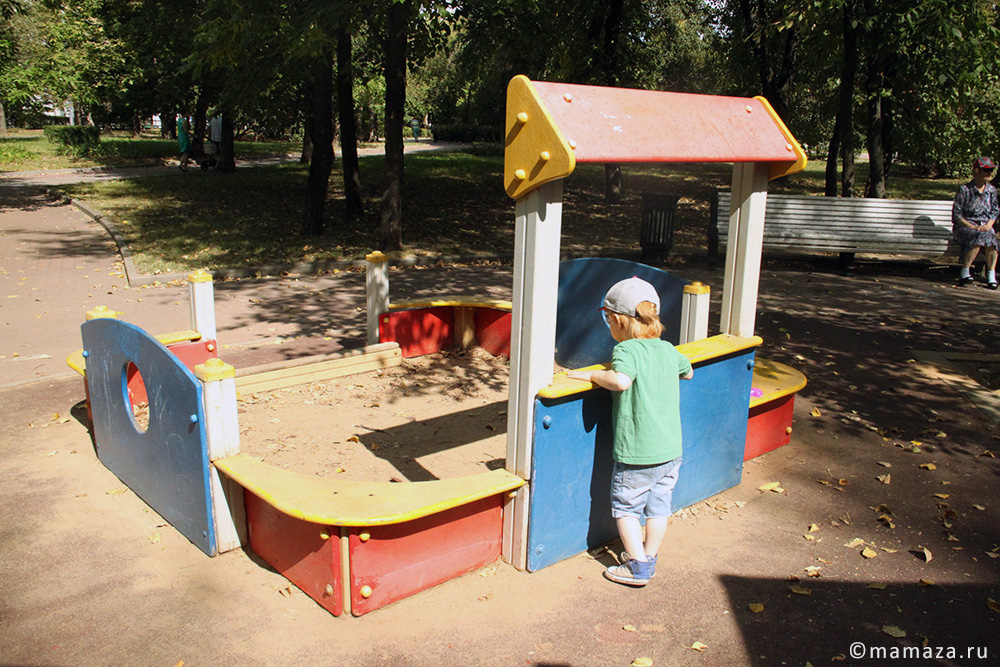 Детские площадки в парке Декабрьского восстания